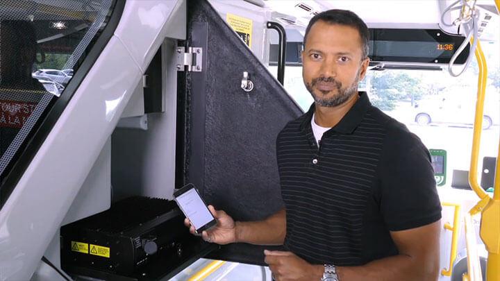 Using the GURU Smartphone App in a Transit Environment